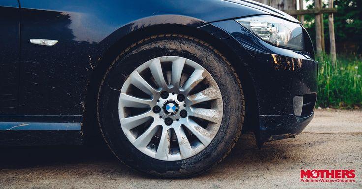 No olvides cuidar a tus compañeras de aventuras con Foaming Wheel & Tire Cleaner👌 #MothersPolish #MothersColombia #Tires #Travel #Adventure