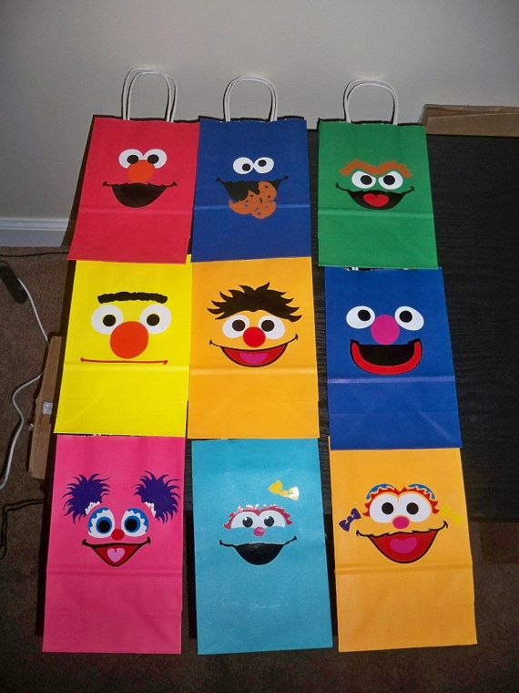 SESAME STREET BIRTHDAY party gift bags wtih handles (12 piece set) on Etsy, $24.00