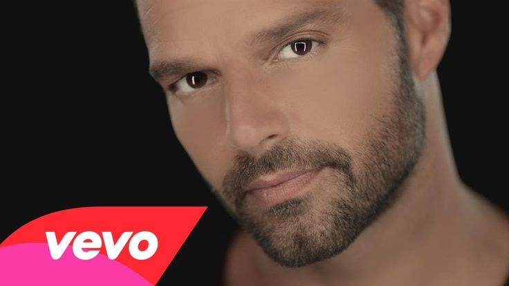 perfect song and beautiful video ♥ Ricky Martin - Disparo al Corazón (Official Video)