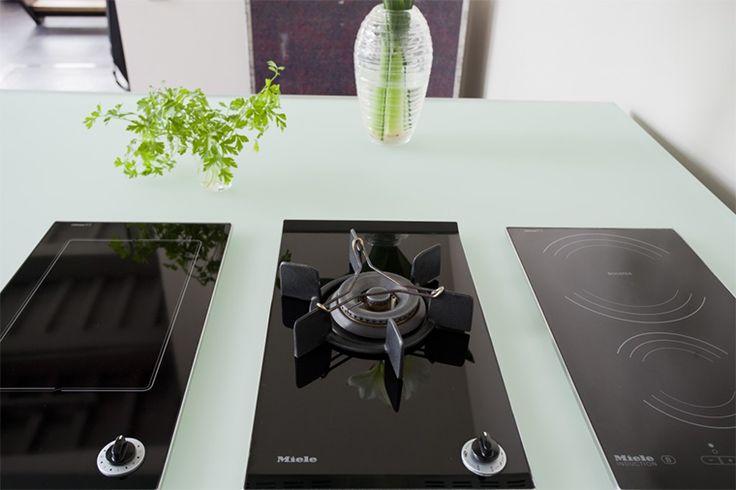 Glazen aanrechtblad in 19 mm glas   keuken inspiratie   vidre glastoepassingen