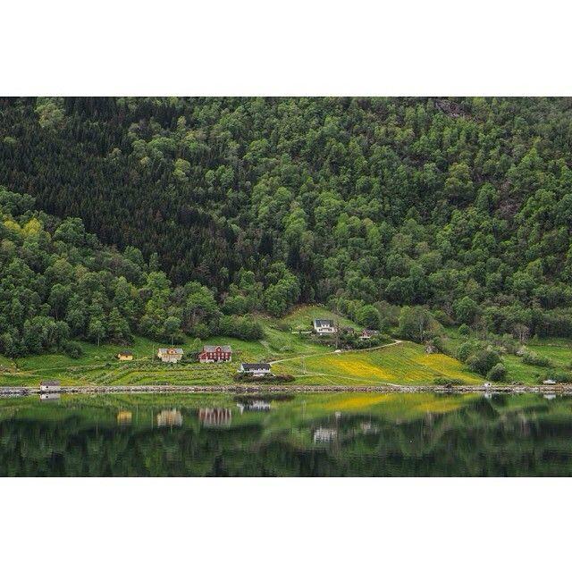 """Shocked by the Norwegian landscapes. #my2014inphotos #aroundtheworld2014 #travel #travelphotography #nikon #nikontop #nikontravel #norway @natgeocreative…"""