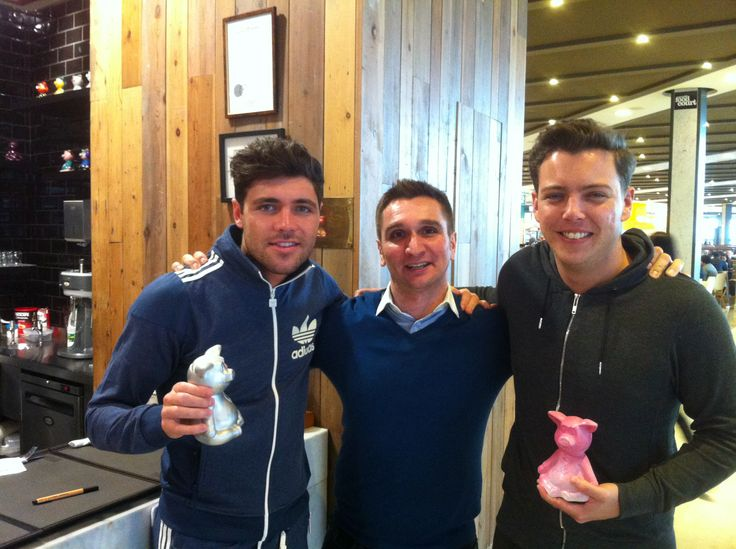 The only way is… #RibShack!!! #TomPearce & James 'Diags' Bennewith from #Theonlywayisessex were at The Chicago Rib Shack!!