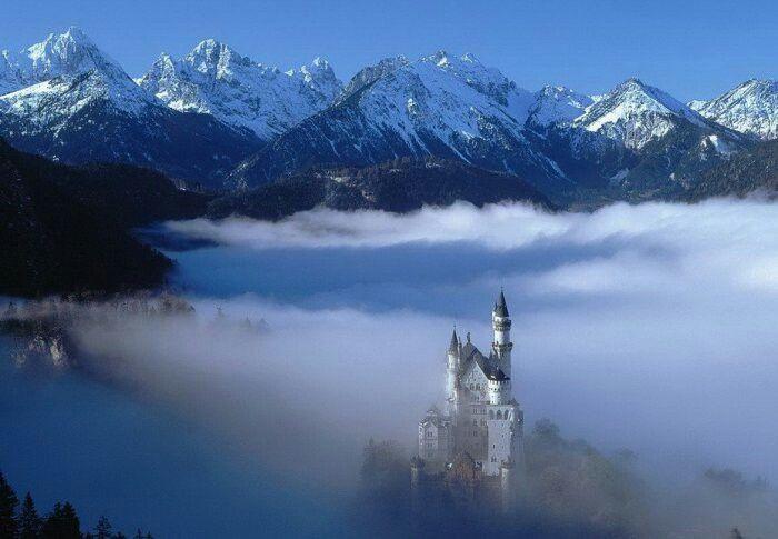 Debe de estar genial vivir ahí , tocando las nubes , como sueñan casi todos los niños..