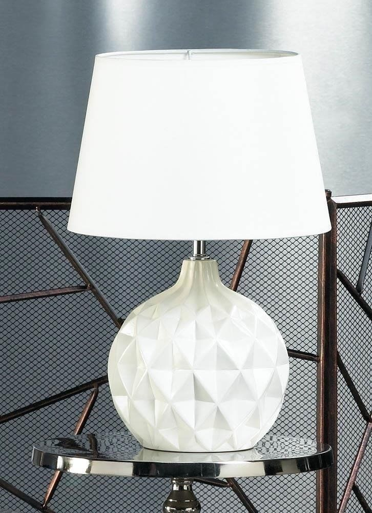 This Modern Round Shaped Lamp Is Compact In Size But Big On Style Shade 13 X 13 X 9 High Rotary O Geometric Table Lamp Round Table Lamp Small Table Lamp