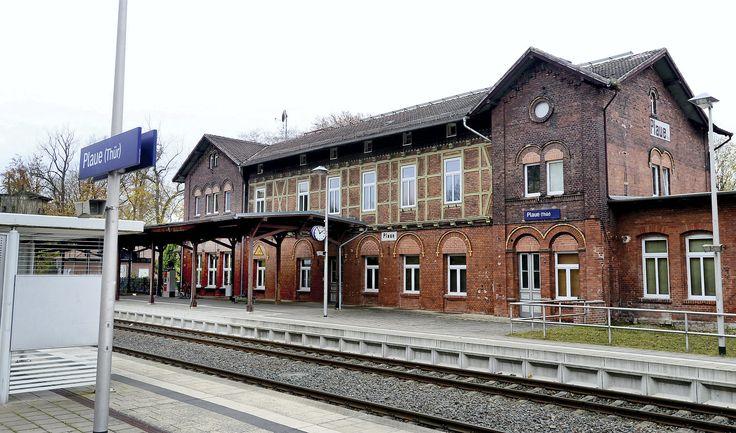 Der Bahnhof in Plaue (Thüringen). Hans-Peter Stadermann