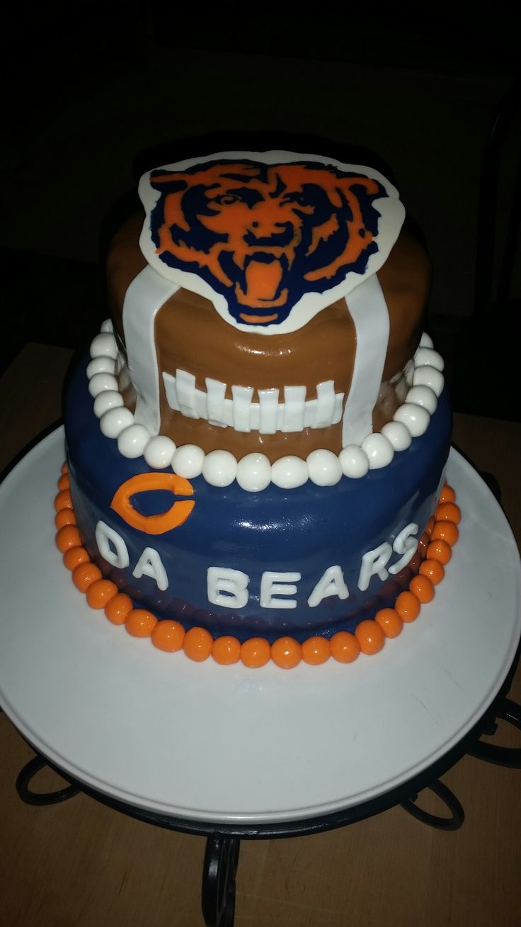 25 Best Ideas About Chicago Bears Cake On Pinterest