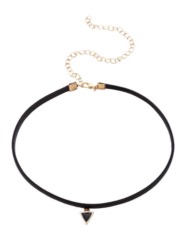 Black Triangle Pendant Thin Choker Necklace — 0.00 € ------------color: Black size: None