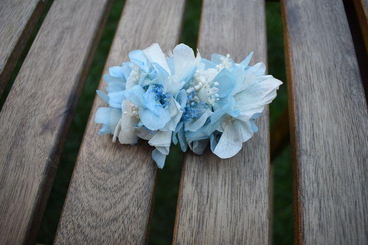 Tocados de flores preservadas para novias e invitadas de bodas rústicas y en el campow