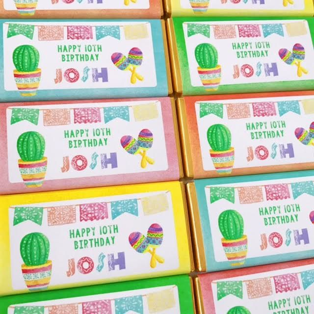 Chocolate Bars Mexican Fiesta | Personalised Mexican Party Favours Chocolates for a Mexican Fiesta Birthday party theme. Click to visit website to see details and for more matching mexican fiesta Party Printables from Print & Party.