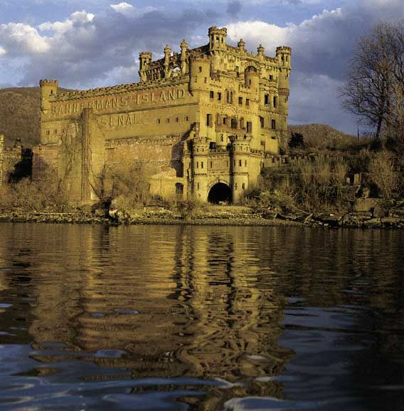 Bannerman's castle, Abandoned military surplus warehouse, Pollepel Island, Hudson River