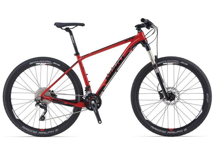 """GIANT XTC ADVANCED 27.5"""" 3 LTD 2014 Bicicleta rígida de alta calidad con cuadro de carbono, horquilla Rock Shox Reba RL ,grupos Shimano XT y SLX y Frenos Deore. Diseñada para el usuario exigente que busca ligereza, buena respuesta y calidad. PRECIO 1999€ + INFO http://www.bikingpoint.es/bicicleta-giant-xtc-advanced-27-5-3-ltd.html"""