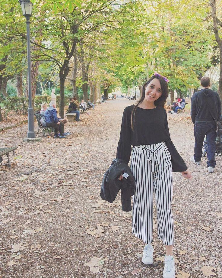 Fall in Rome ♥ #travel #autumn #fallinspiration #outfit #falloutfit #autumnlook #stripespants #zara #blackwhite #roma