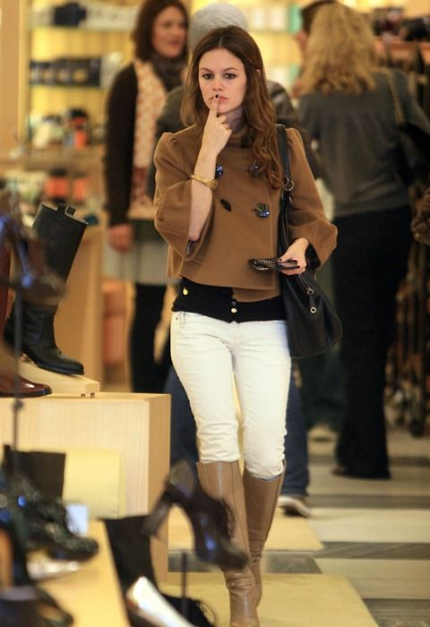 love her style - and Adore white pants w/ Camel for fall