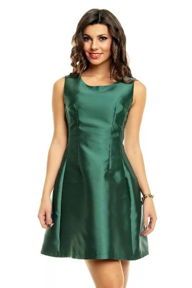Velmi elegantní dámské šaty bez rukávů