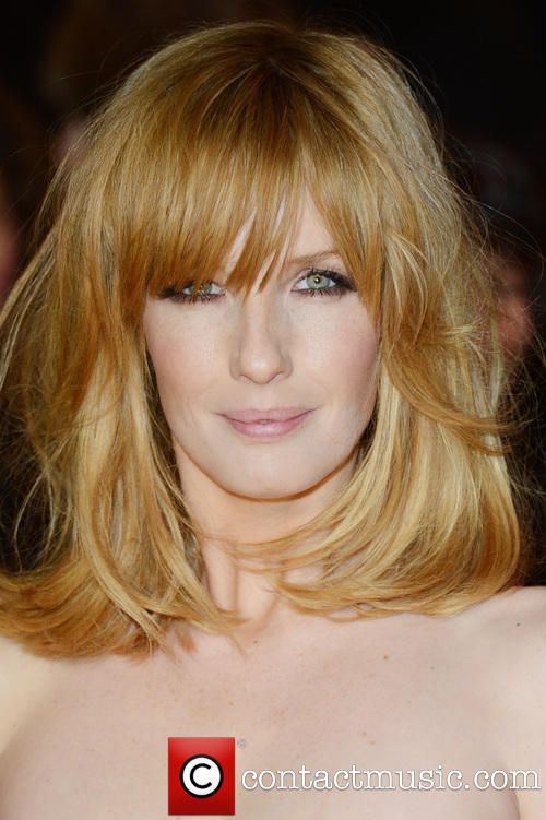 Love this strawberry blonde colour, the length and the gorgeous fringe. Hair envy.