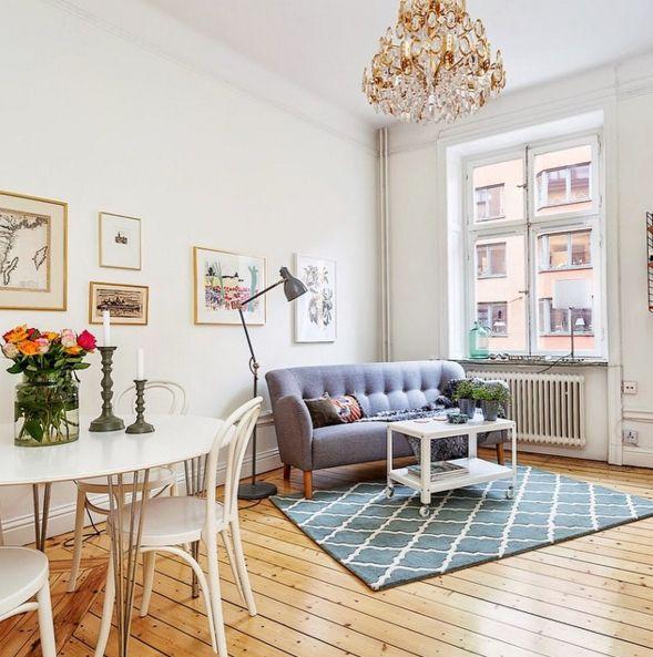 Grå Mustangen soffa. 50tal, träben, trä, retro, möbler, inredning, vardagsrum. http://sweef.se/soffor/97-mustangen-soffa-50-tal.html