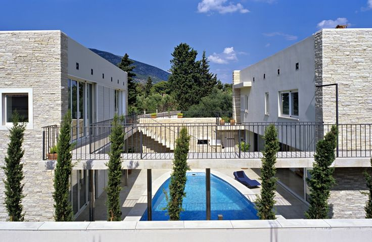 Golden Cape Villa. Bright, modern and set beside the sea, this luxury villa on the island of Brac boasts an excellent layout for groups of friends, and an ideal position just 500m from shops and restaurants.