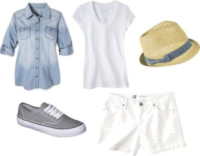 Outfit Two - Fourteen piece, ten day summer vacation packing list with ten outfits and printable packing list!  http://getyourprettyon.com/ten-day-summer-vacation-packing-list/