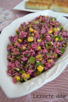 Çay saatlerizi renklendirecek hem lezzeti hem görseli ön planda bir salata.Aynı tarifi bulgurlada yapabilirsiniz.   Malzemeler;    2 su b...