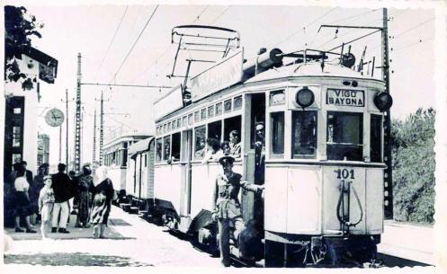 Uno de los tranvías que cubrían la línea entre Vigo y Baiona. // FdV