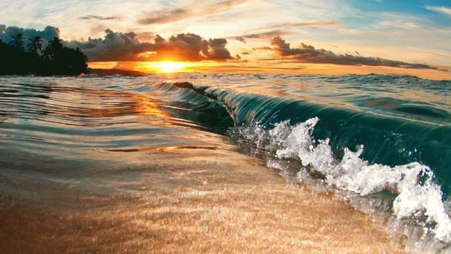Another beautiful sunset on the North Shore of Oahu. (Photo: Clark Little)