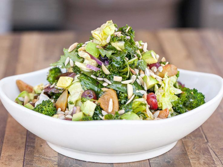 SUPER ANTIOXIDANT SALAD A Delicious Blend of Salad Greens, Spinach, Kale, Avocado, Broccoli, Grapes, Roasted Pear, Blueberries, Onion, Sunflower Seeds and Almonds with Lemon-Blueberry Vinaigrette. To find more Avocados from Mexico dishes, visit us at: http://avocadosfrommexico.com/recipe/#PFQWc28U86X1eDSl.97