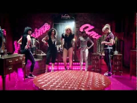 Music video by Pixie Lott performing Mama Do (uh oh, uh oh). (C) 2008 Mercury Records Limited.