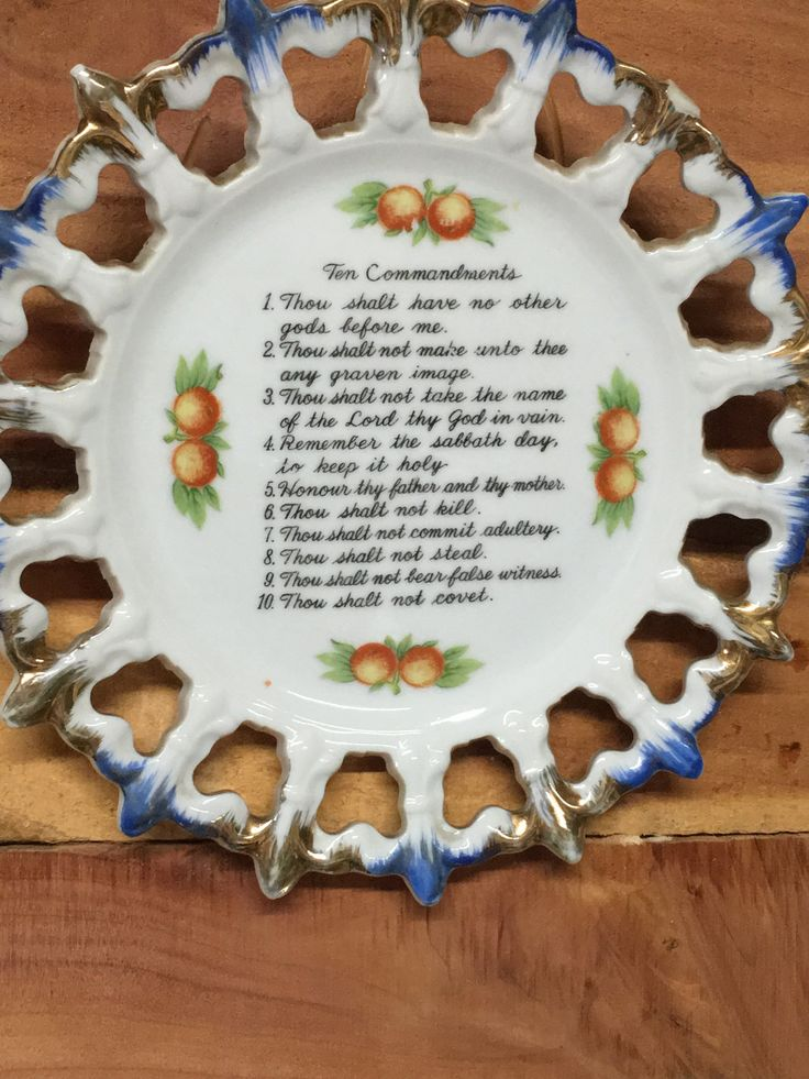 Ten Commandments, Wall Plate, Wall Hanging, Religious Sayings, Bible Scripture by MaggieBleus on Etsy