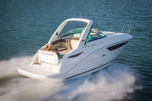 Check out this Used 2018 Sea Ray 260 Sundancer for sale in