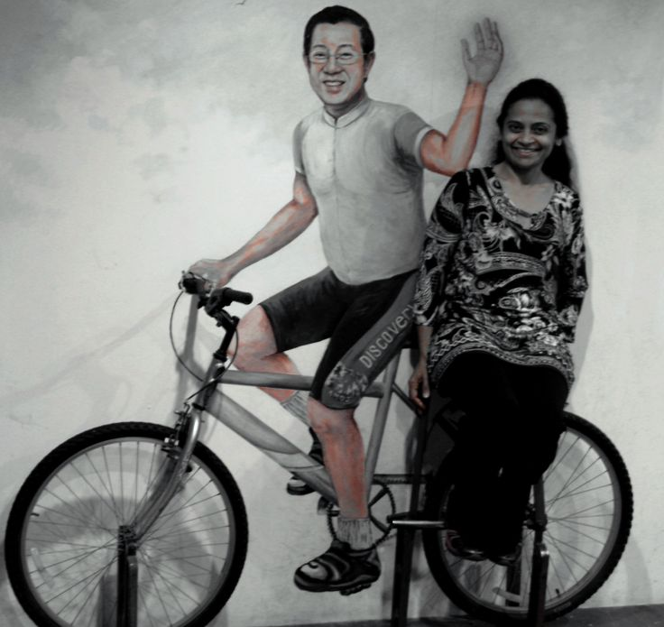 Seeing Penang on a bicycle with  its Chief Minister Lim Guan Eng