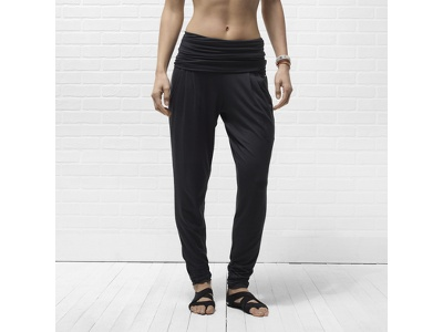 I want these for yoga!!  Nike Dri-FIT Epic Women's Training Pants - $80.00