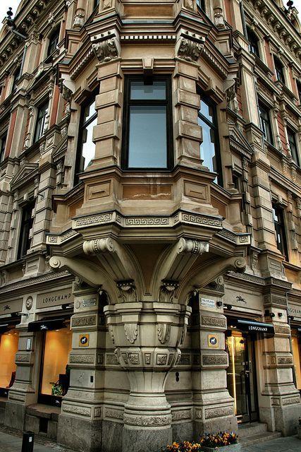 Helsinki, Finland...omg beautiful building!