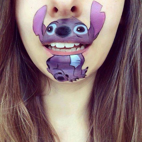 Make up cartoon lips by Laura Jenkinson