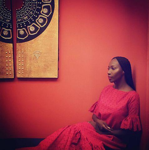 Afrikada olan Moda Tasarımcılardan haberdar mısınız? Değilseniz mutlaka listelenen bayan Moda Tasarımcılarına bir göz atın, beğeneceksiniz! Afrika Tasarımı.