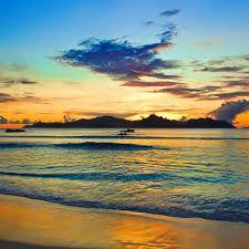 Resultado de imagen de playas paradisiacas atardecer