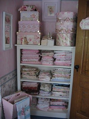 .: Rose, Crafts Rooms, Shabby Chic, Crafts Spaces, Shabby Cat, Vintage Linens, Old Cabinets, Shabby Fabrics, Chest Of Drawers
