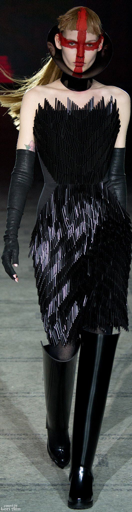 ~Gareth Pugh Fall 2015 | The House of Beccaria