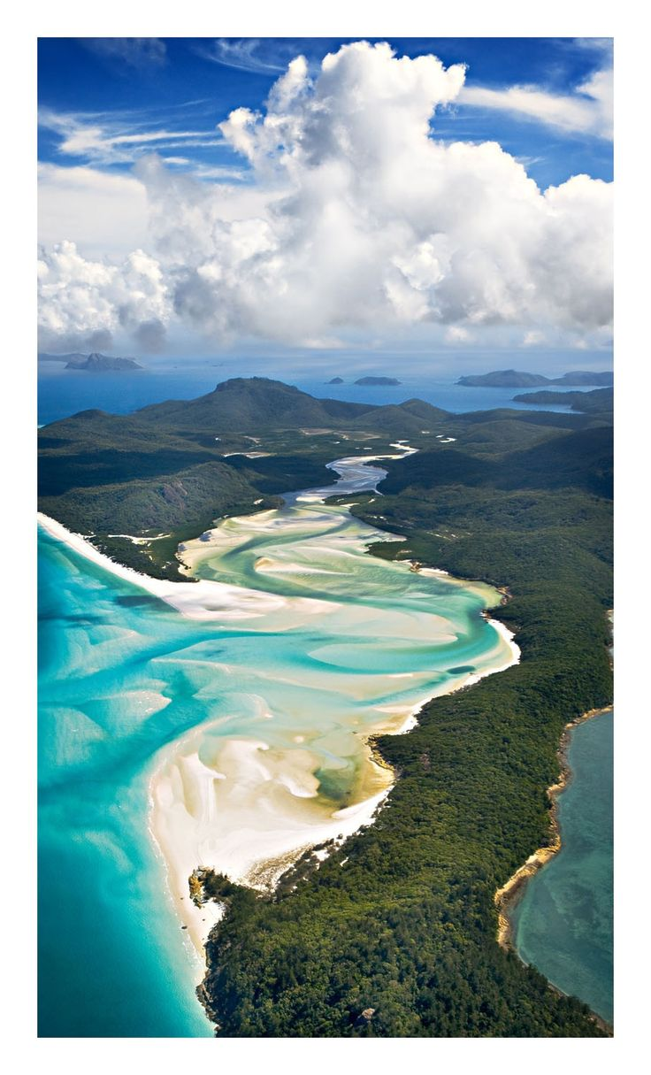 Aerial picture of the Whitehaven beach, Hamilton island - Australia