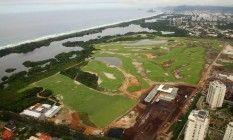 Tapete. O campo de golfe, na Barra, onde grama é cortada até quatro vezes por dia: Foto: Genilson Araújo / Parceiro / Agê / Agência O Globo
