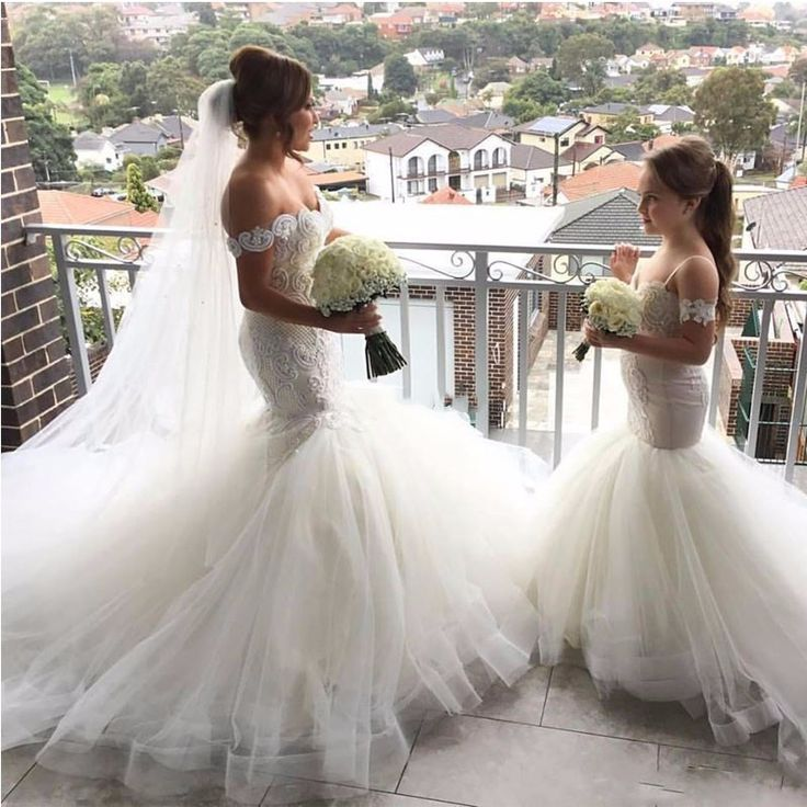Find More Flower Girl Dresses Information about White Girls Pageant Dress Flower Girl Dresses 2017 Middle East Dubai Mermaid Flowers Princess First Communion Dresses For Girls ,High Quality dress outfits,China dress fur Suppliers, Cheap dress mannequin from Suzhou Yast Wedding Dress Store on Aliexpress.com