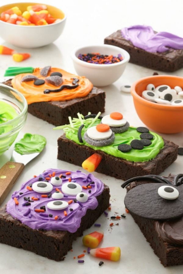 everyone can join in on the decorating fun with these diy halloween brownies - Halloween Brownie Recipe