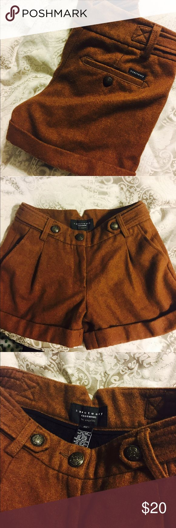 Winter style shorts Sz 24 adorable brown shorts, perfect with leggings and a cut off sweatshirt Sanctuary Shorts
