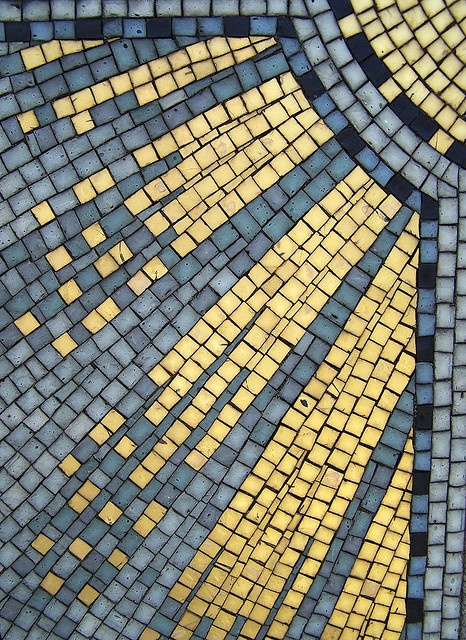 Golden Mosaic Rays Of Light - Pere Lachaise Cemetery