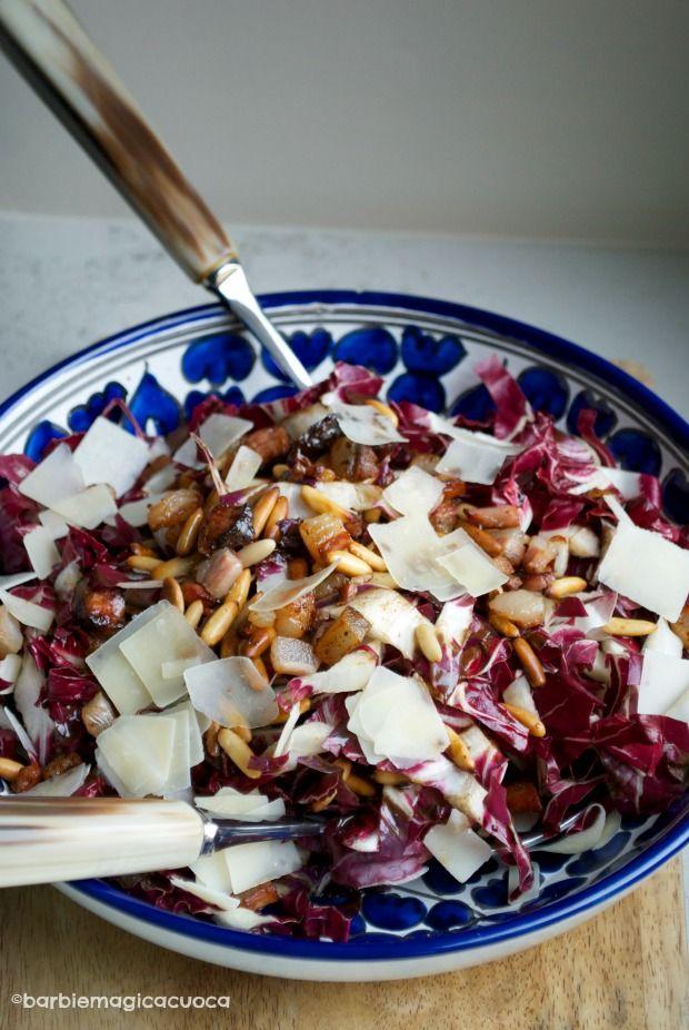 Insalta tiepida di radicchio, pancetta croccante, scaglie di grana e pinoli tostati | Barbie magica cuoca – blog di cucina
