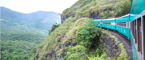 Viagem de trem pelas 4 estações: Mariana, Passagem de Mariana, Vitorino Dias e Ouro Preto. MINAS GERAIS, BRASIL