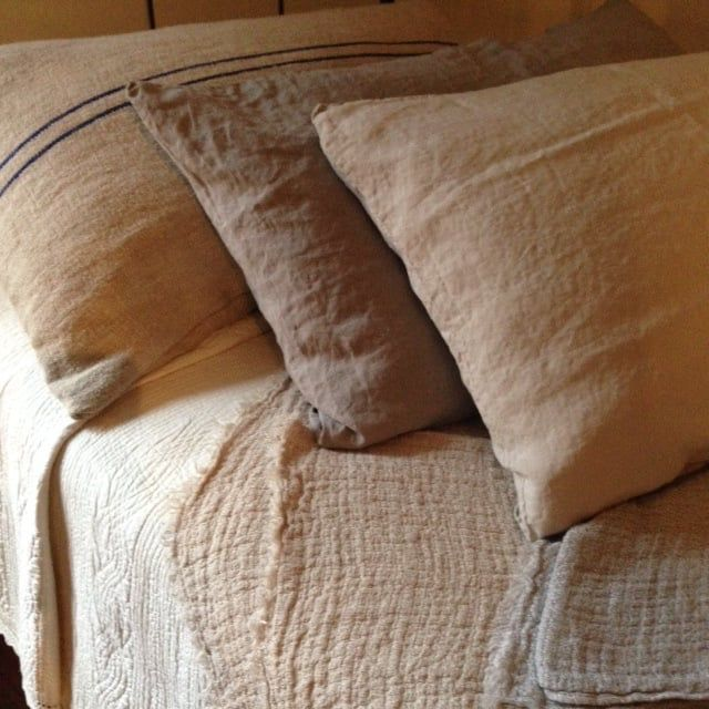 Pin By Prim With Love On Ticking Amp Textiles Linen Pillows Bed Curtains Primitive Bedroom