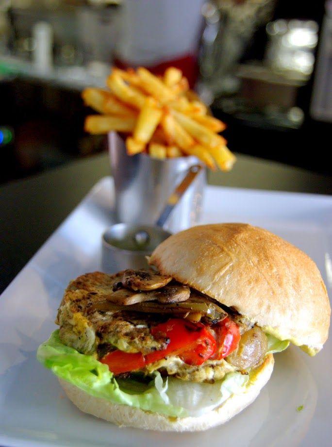 Burger végétarien au Funfood à le Havre. #burger #lehavre #restaurant livraison à domicile ou à emporter