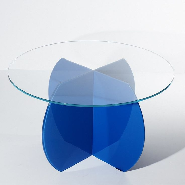 Blue circular table