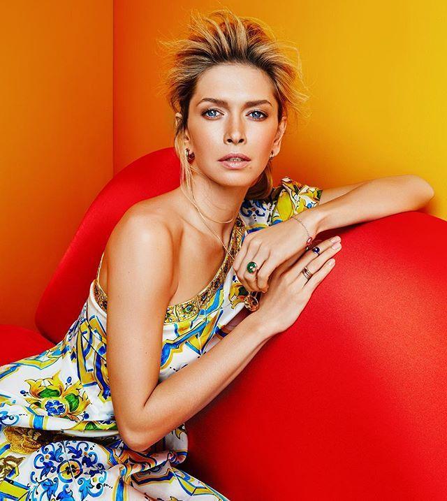 Beautiful Vera Brejneva for @glamour_russia @ververa | style @mashildaglam | hair artist @kochegov_konstantin | make up @zubarevamakeup | producer @karinchistyakova | photo assistant @michaelkovynev | #danilgolovkin