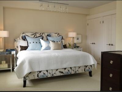 Sarah richardson upholstered beds and cream on pinterest for Sarah richardson bedroom designs